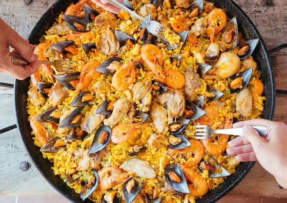Paella - spanische Reispfanne